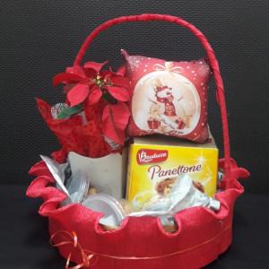 cesta de natal com maria tereza